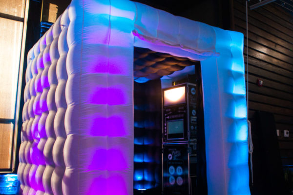 Airbooth and photo booth