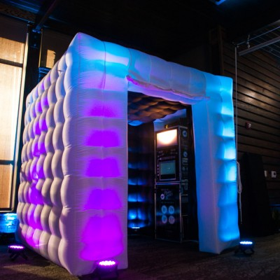 Inflatable cube and photo booth