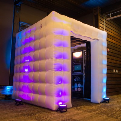 Photo booth and inflatable cube